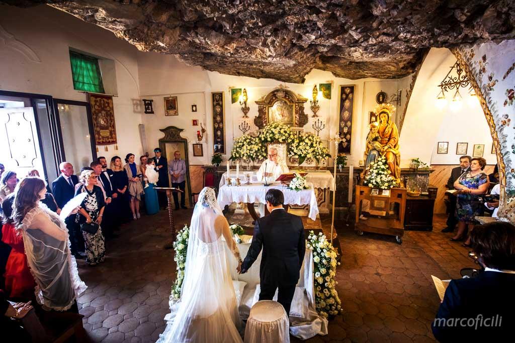 Wedding Madonna della Rocca Taormina, indoor