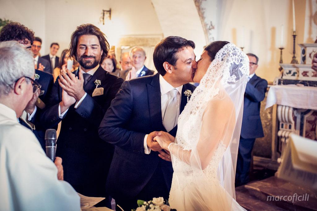 Wedding Madonna della Rocca Taormina, bride and groom, kiss