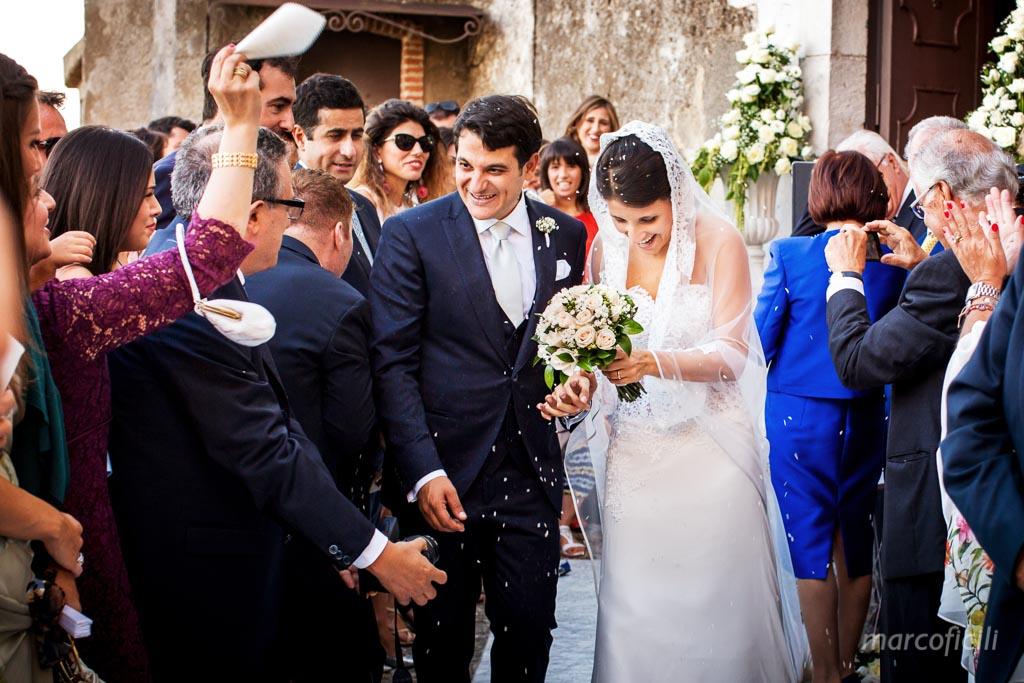 Wedding Madonna della Rocca Taormina , confetti, time
