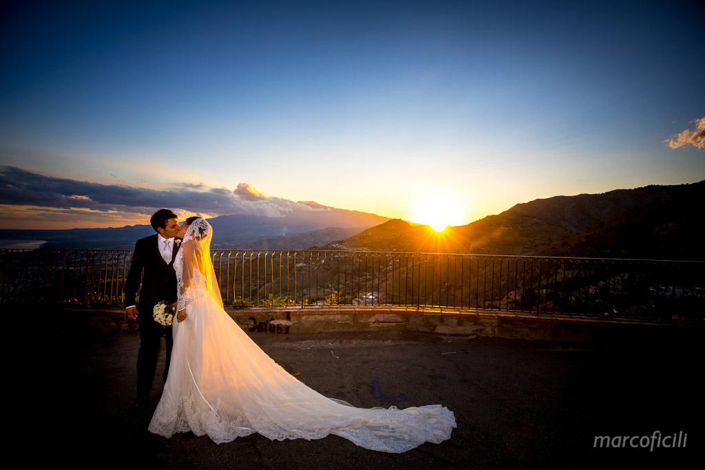 Wedding Madonna della Rocca Taormina , stunnig, sunset, ente, view, kiss