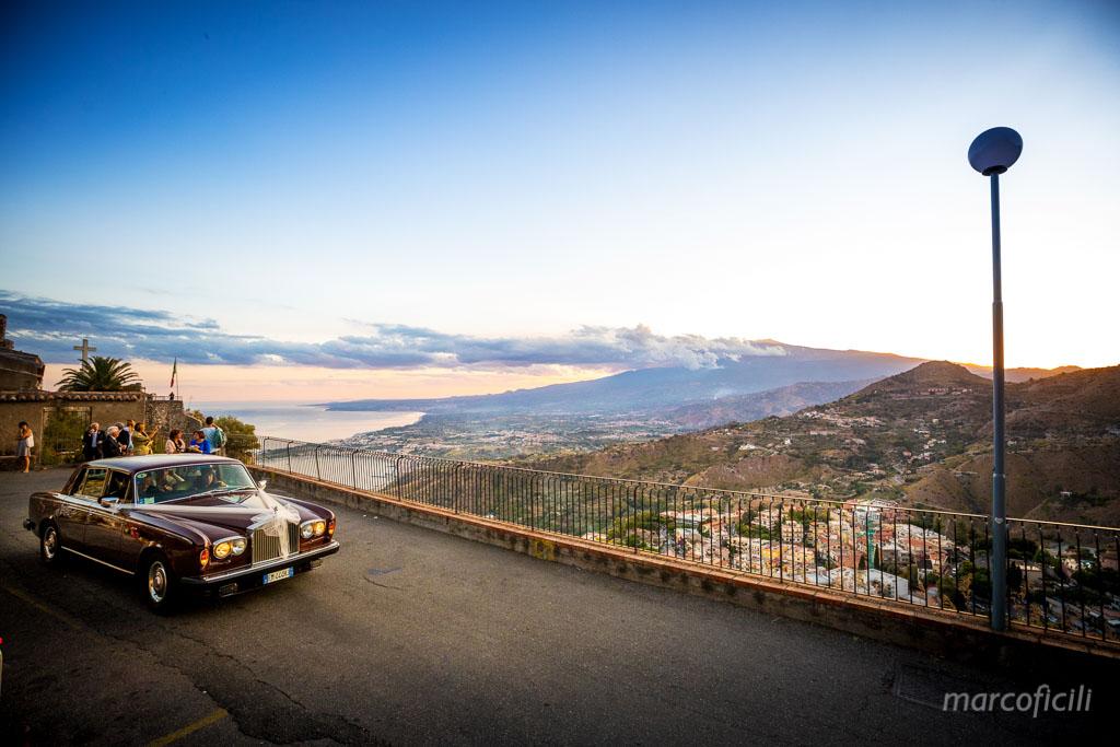 Wedding Madonna della Rocca Taormina, vintage, car, etna, view, sunset