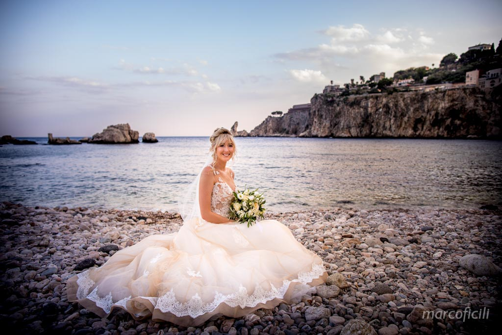 bride, sea, beach, Taormina, photo,
