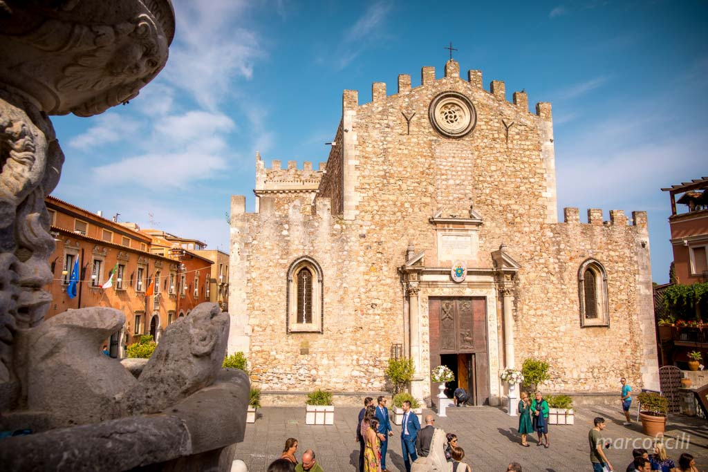 cathedral of Taormina _duomo_wedding_photographer