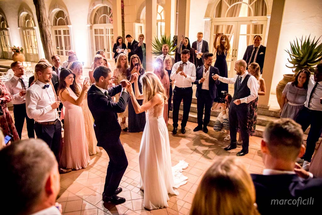 first dance, taormina, timeo, wedding, dancing, happy