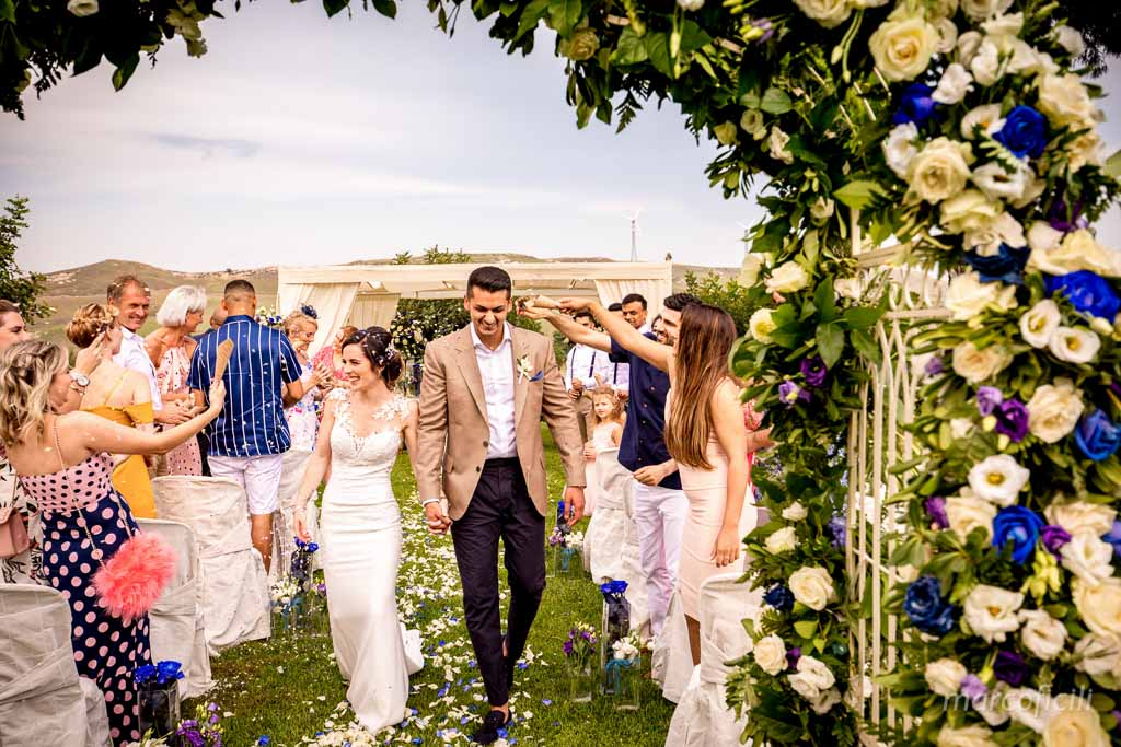 Camemi Castle Wedding, ceremony, confetti, time, congratulations