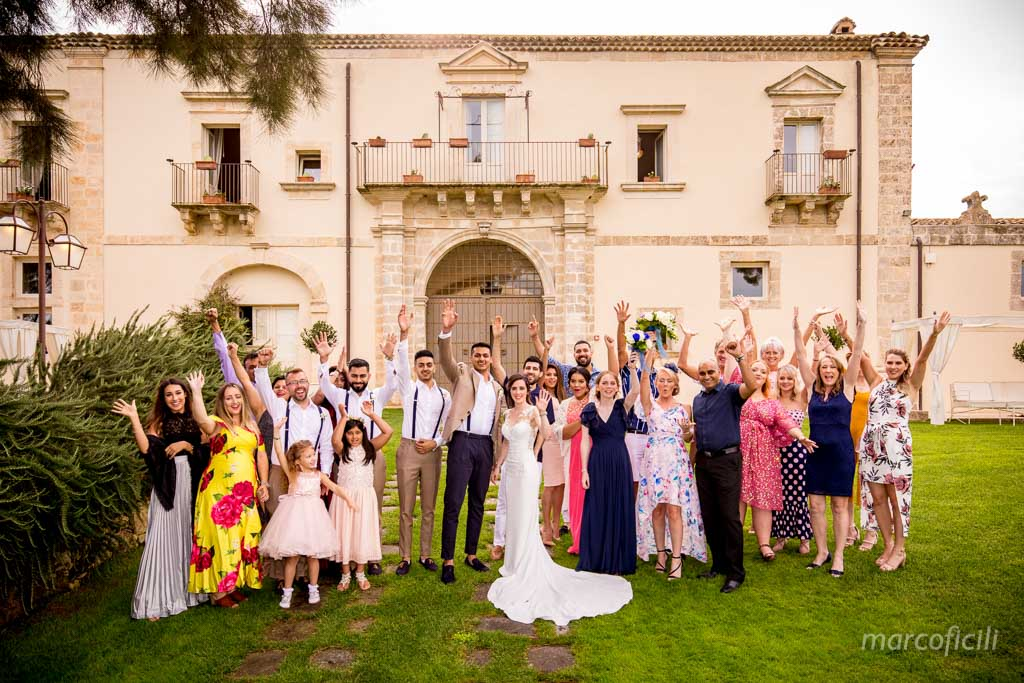 Camemi Castle Wedding, group picture,