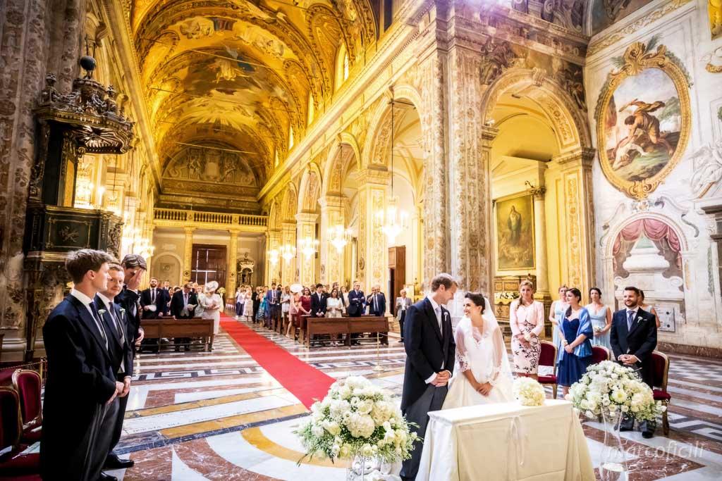 Duomo Acireale Matrimonio _sposi, altare, cerimonia, interno