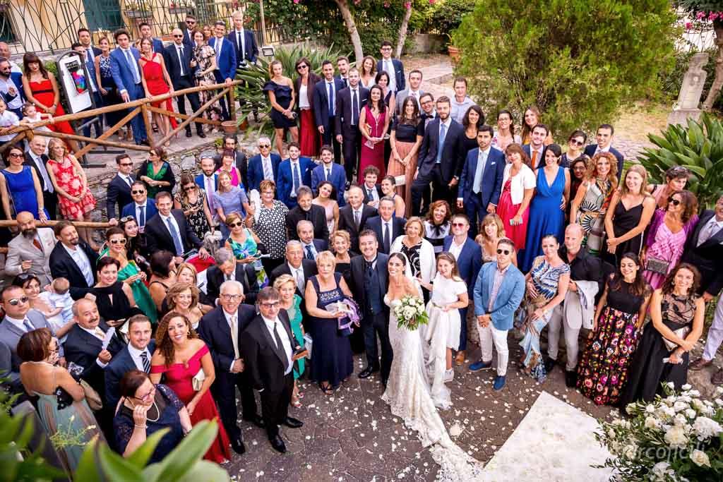 Matrimonio Ape Calessino Taormina, amore, eleganza, fotografo, migliore, divertente, chic, foto gruppo, amici