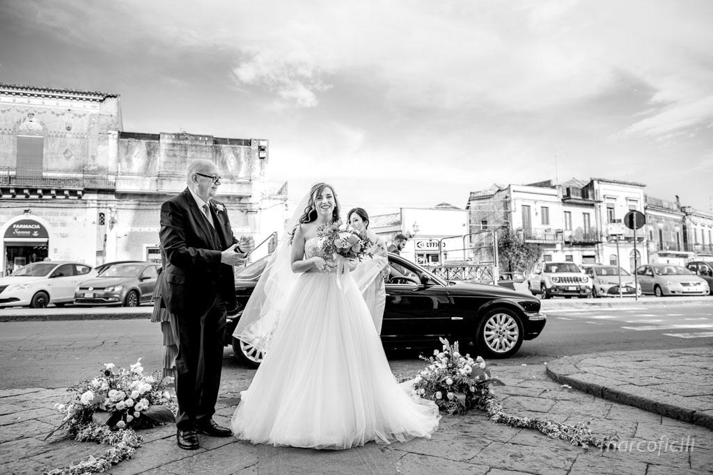 Santuario Ss Alfio Filadelfo e Cirino, matrimonio, fotografo, ingresso, sposa