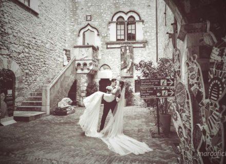 Sposi Palazzo Corvaja _taromina_matrimonio_Timeo_fotografo_videografo_top_bravo_chic_elegante_lusso