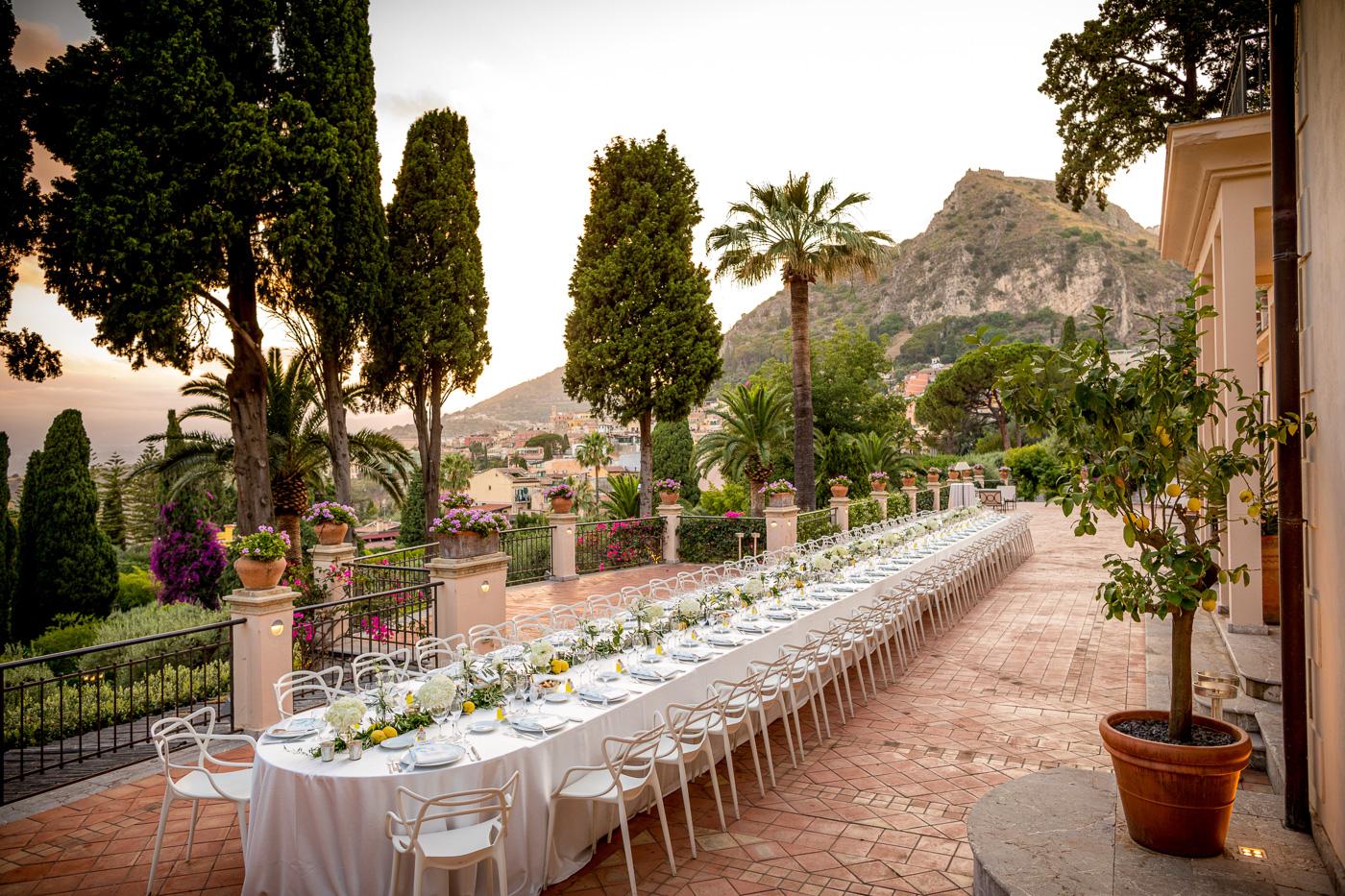 Matrimonio Irlandese Taormina_fotografo_matrimonio-belmond-timeo-tavolo-imperiale-magnifico-stupendo