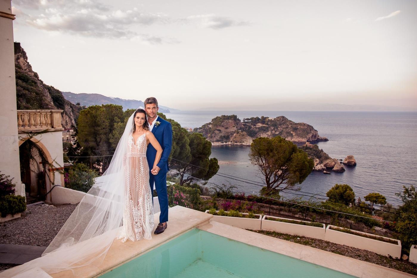 Matrimonio Romantico Villa Mon Repos _taormina_matrimonio_foto-sposi-belle