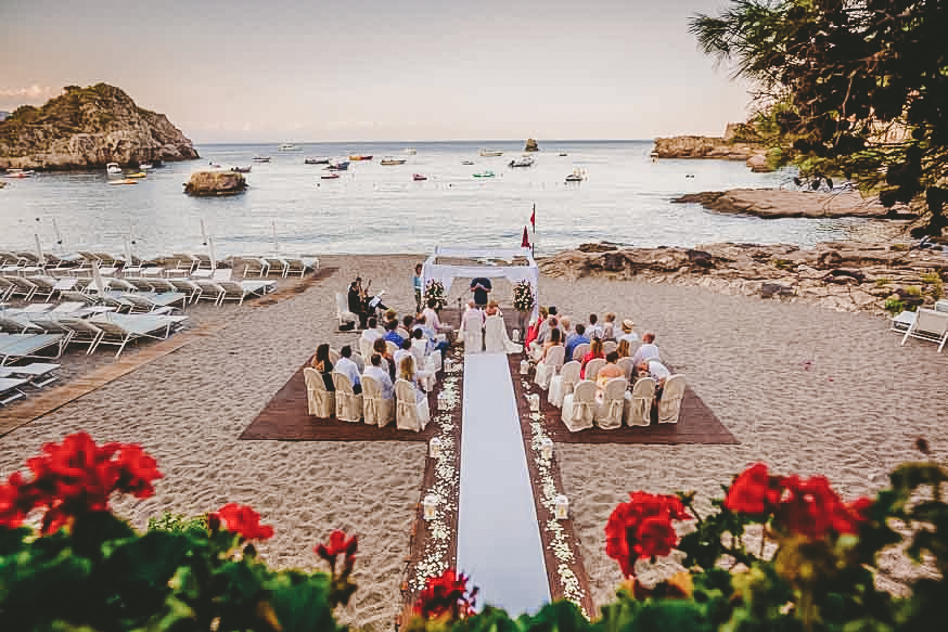 4-wedding_photographer_taormina_villa_santandrea_sant_andrea_beach_sea_infrontofthesea_best_marco_ficili