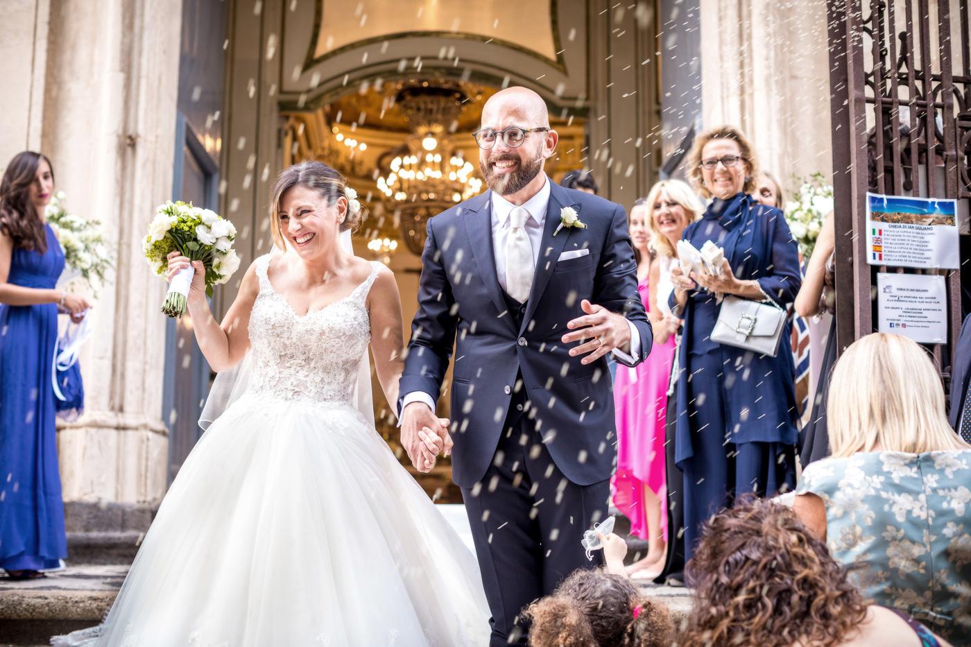 Casa delle Terre Forti Wedding Day _wedding_photographer_sicily_taormina_top_best_videographer-church-sangiuliano-catania-confetti-happy
