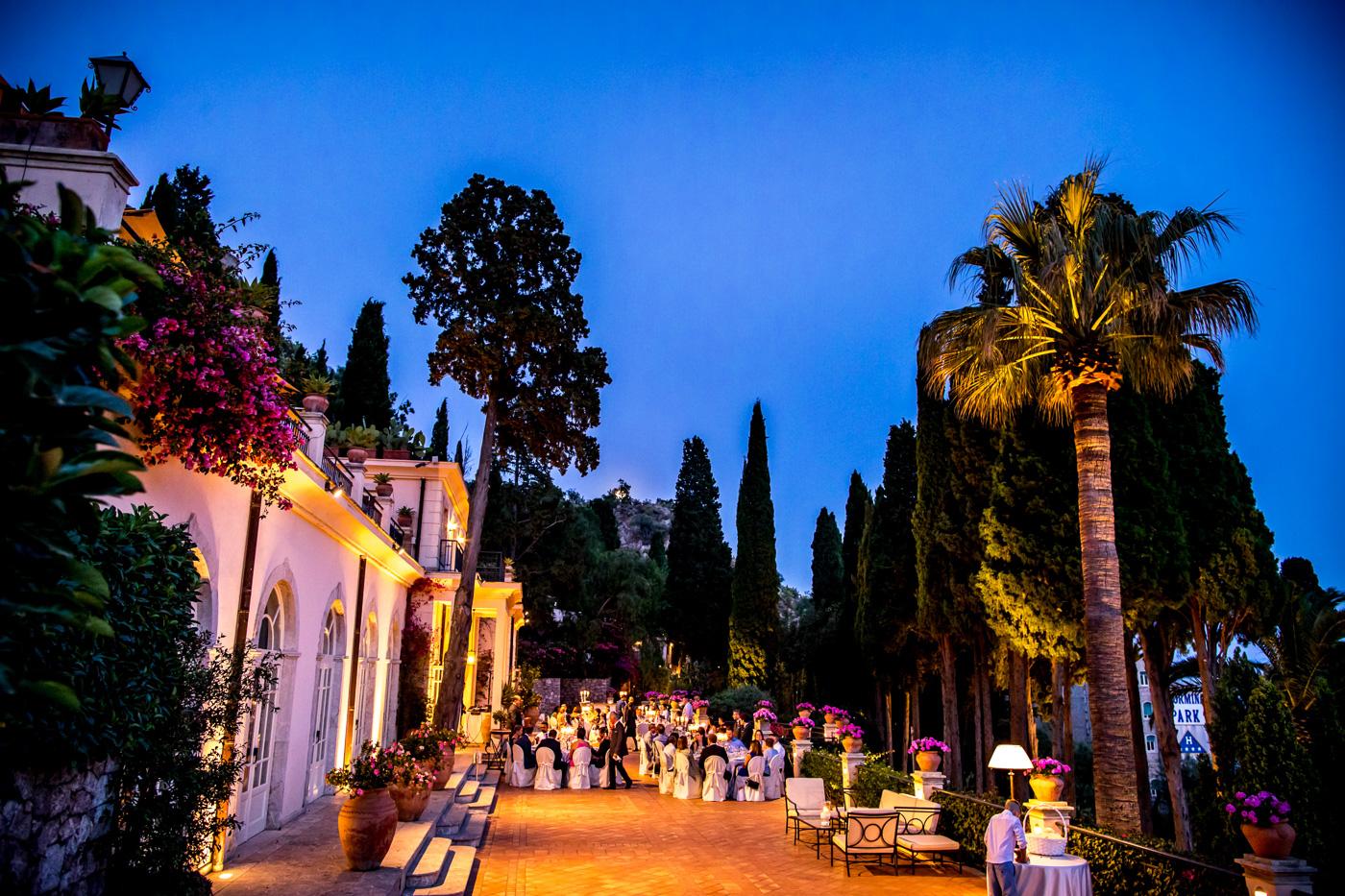 Matrimonio Intimo Taormina_fotografo_bravo_migliore_belmond_timeo_hotel-villa-taormina-cena-sala-terrazza-afrodite